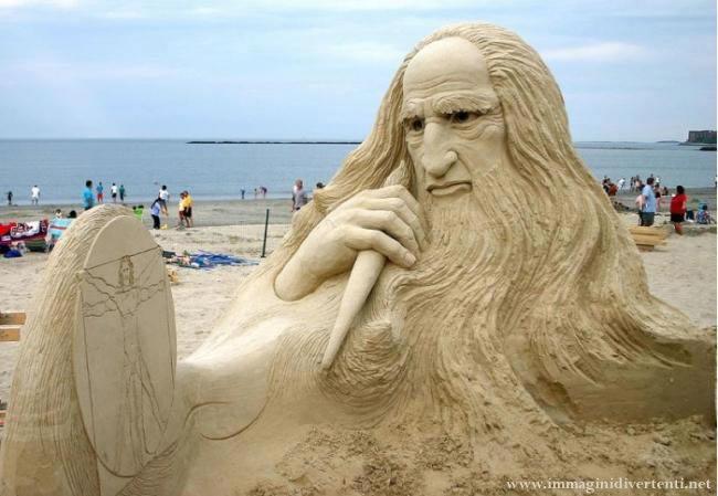 Immagine Divertente Sculture Sabbia: Immagine Divertente Sculture Sabbia