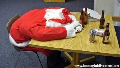 Auguri Di Natale Ridicoli.Immagini Babbo Natale Immagini Natale Divertenti